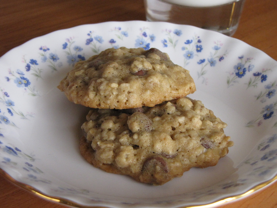 Maple Oatmeal Chocolate Chip Cookies